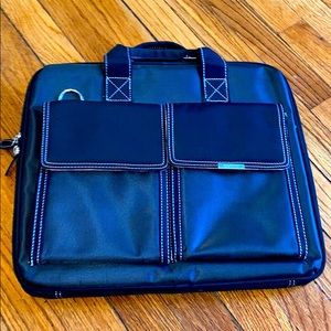 Targus Black Laptop Bag with Double Front Pockets